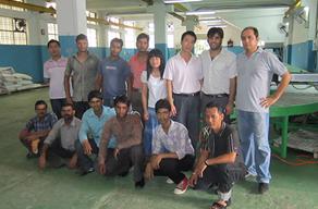 印度安装脚垫生产线